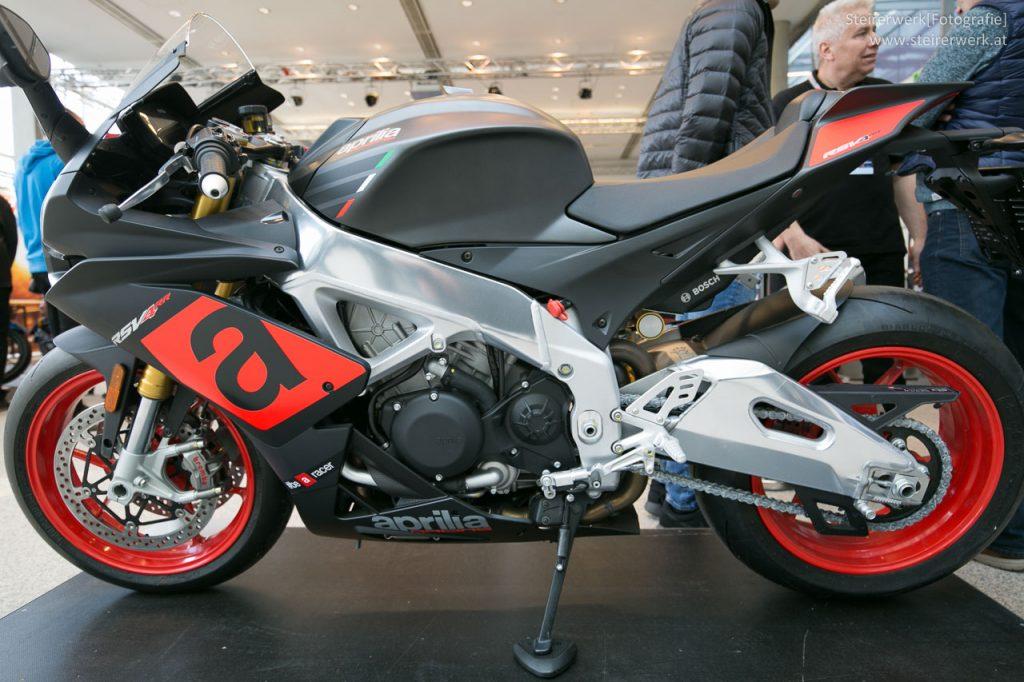 Aprilia RSV4 RR Motorrad
